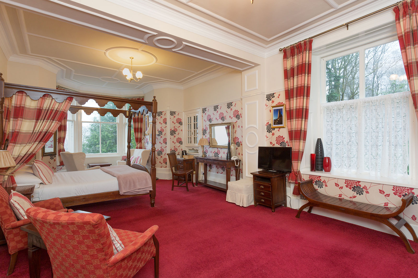 Luxury Accommodation in Dunoon Scotland